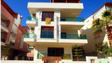 Beyaz Apartmanı, Antalya / Konyaaltı