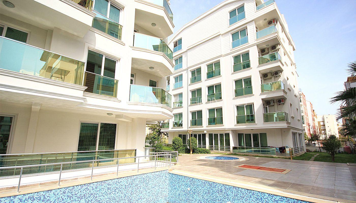 Aqua city apartments furnished property in konyaalti for Big city apartments