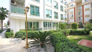 Immobilier Avec Aquapark et Installations à Konyaalti, Antalya / Konyaalti - video