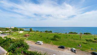 Lara'da Panoramik Deniz Manzaralı Satılık Daireler, Antalya / Lara