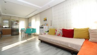 Bright 1+1 Flat within Walking Distance of the Sea in Antalya, Interior Photos-1