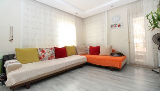 Bright 1+1 Flat within Walking Distance of the Sea in Antalya, Interior Photos-2
