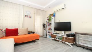 Bright 1+1 Flat within Walking Distance of the Sea in Antalya, Interior Photos-3