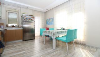 Bright 1+1 Flat within Walking Distance of the Sea in Antalya, Interior Photos-4