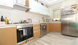 Bright 1+1 Flat within Walking Distance of the Sea in Antalya, Interior Photos-6