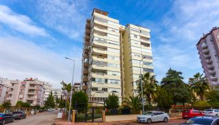 Zeezicht appartement te koop met ruime kamers in Lara Antalya, Antalya / Lara