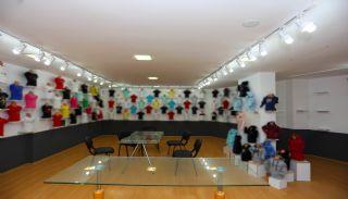 Cumhuriyet'te Merkezi Konumda Satılık Showroom Depo ve Dükkan, İç Fotoğraflar-1