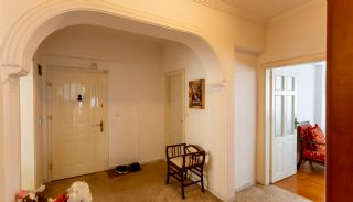 Fully-Furnished Property with Natural Gas and Heat Insulation in Lara, Interior Photos-16