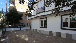 Rymliga lägenheter gångavstånd från Kaleiçi i Antalya, Antalya / Centrum - video