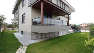 Rymlig villa i Antalya med privat pool i Döşemaltı, Antalya / Dosemealti - video