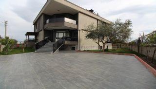 Ruime Antalya Villa met Privézwembad in Döşemaltı, Antalya / Dosemealti - video