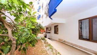 Spacious Apartment in Lara Antalya Close to Daily Amenities, Antalya / Lara - video
