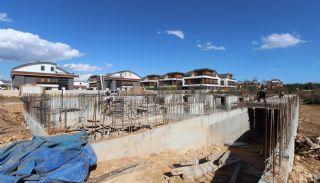 Nouvelles Villas Mitoyennes Avec Piscine Privée à Antalya,  Photos de Construction-2