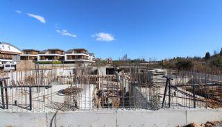 Nouvelles Villas Mitoyennes Avec Piscine Privée à Antalya,  Photos de Construction-3
