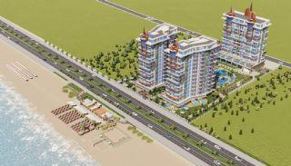 Alanya fastigheter vid stranden i komplex med full aktivitet, Alanya / Mahmutlar - video