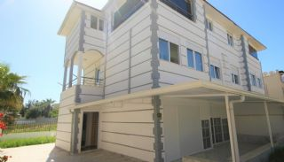 Comfortabel huis met tuin in een complex in Kadriye Belek, Belek / Kadriye - video