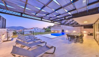 Modern villa med pool och trädgård i Kalkan, Kalkan / Centrum - video
