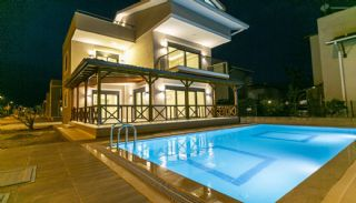 Villen in Belek mit privaten Pools in der Nähe der Golfplätze, Belek / Kadriye - video