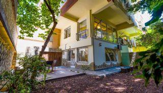 Gut gelegene Erdgeschoss Maisonette Wohnung in Lara Antalya, Antalya / Lara