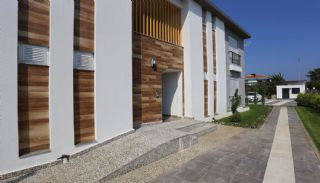 Modernly Desinged Kemer Apartments in a Boutique Complex, Kemer / Camyuva - video