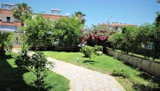 Belek Merkezde Özel Bahçeli Site İçinde Tripleks Villa, Belek / Merkez - video