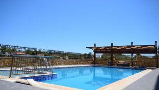 Ultra Luxury Flats in Alanya Avsallar Close to the Beach, Alanya / Avsallar - video