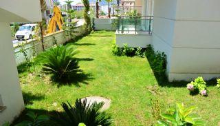 Glamorous Apartments with Mountain View in Konyaalti , Antalya / Konyaalti - video