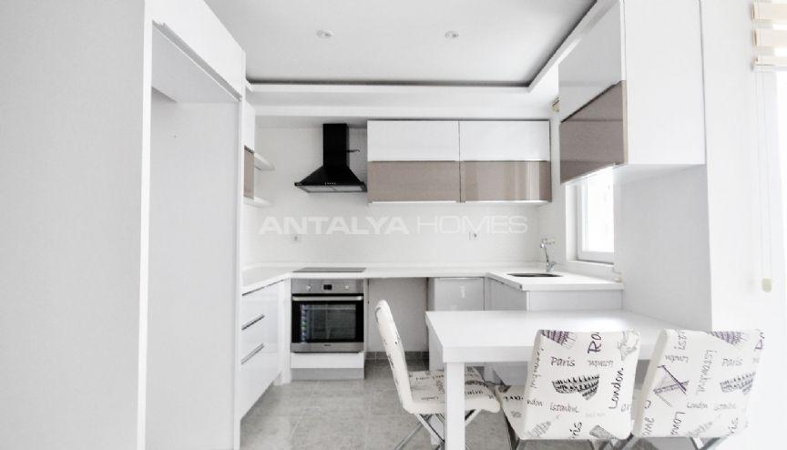 belispark h user mit modernem design. Black Bedroom Furniture Sets. Home Design Ideas