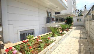 Konyaaltı'nda Eşyalı Komple Satılık Bina, Antalya / Konyaaltı - video