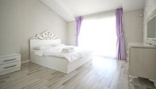 Konyaaltı'nda Eşyalı Komple Satılık Bina, İç Fotoğraflar-8