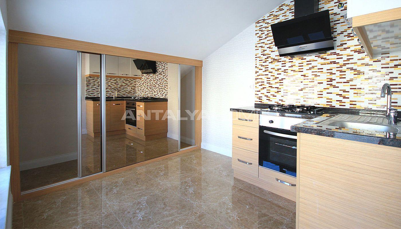 Marina huizen luxe huizen te koop in konyaalti for Interieur huizen