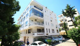Necati Dolen Appartements, Centre / Antalya - video