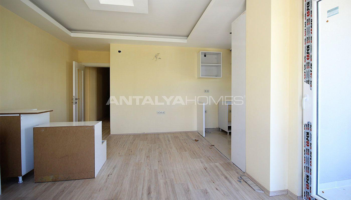 appartements modernes konyaalti dans un quartier calme. Black Bedroom Furniture Sets. Home Design Ideas