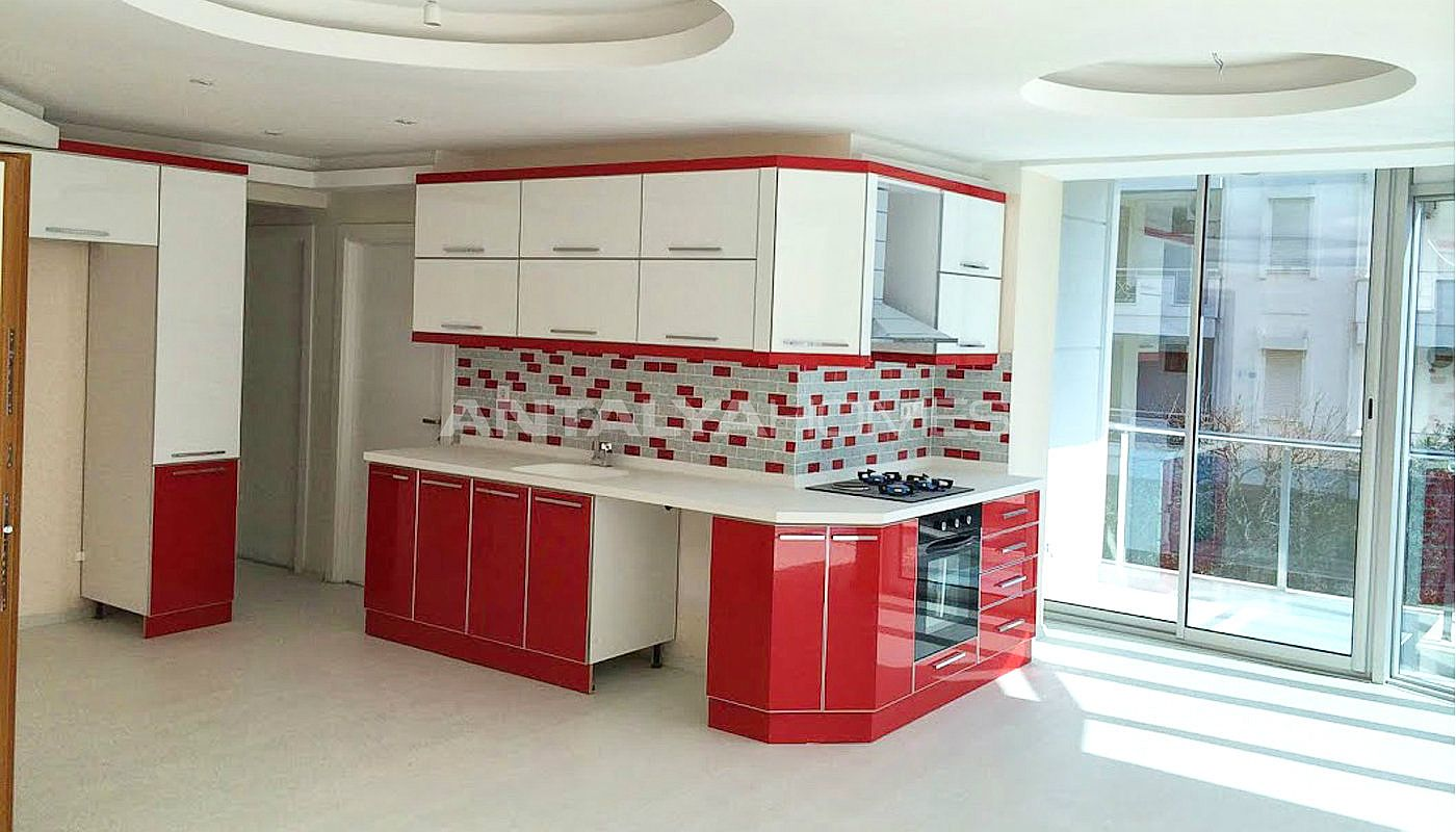 immobilier d 39 investissement de bonne qualit konyaalti. Black Bedroom Furniture Sets. Home Design Ideas