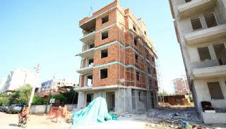 Appartements Bon Marche à 2 Chambres à Vendre à Antalya,  Photos de Construction-1