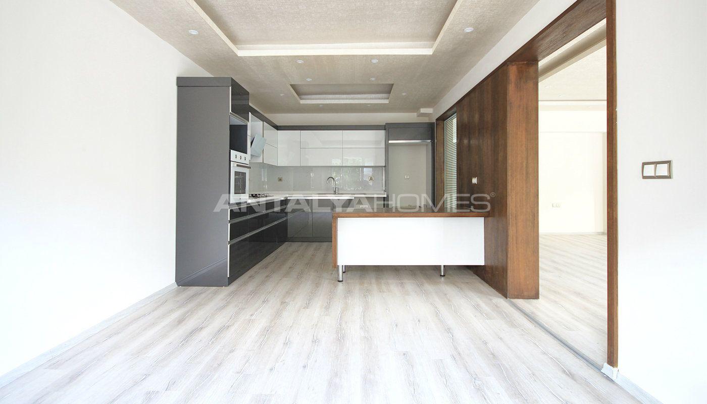 appartement pr t s 39 installer vendre antalya pr s de la plage. Black Bedroom Furniture Sets. Home Design Ideas