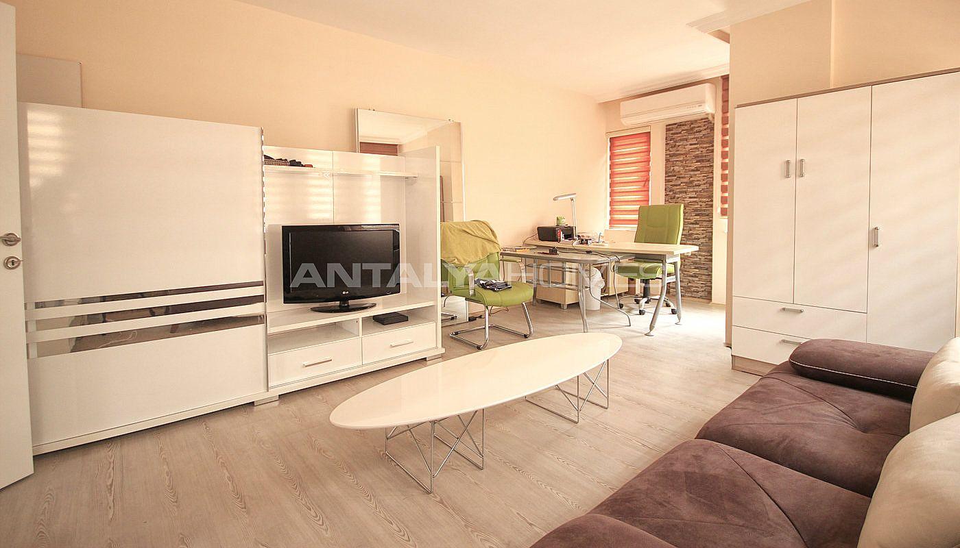 schn ppchen immobilien kaufen in t rkei im gesch ftszentrum. Black Bedroom Furniture Sets. Home Design Ideas