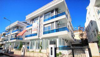 Lara'da Anahtar Teslim Satılık Daireler, Antalya / Lara - video