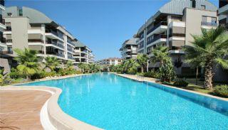 Lägenheter i Antalya från ett pålitligt byggföretag, Antalya / Konyaalti - video
