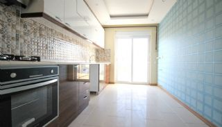 Cheap Property for Sale with Separate Kitchen, Interior Photos-4