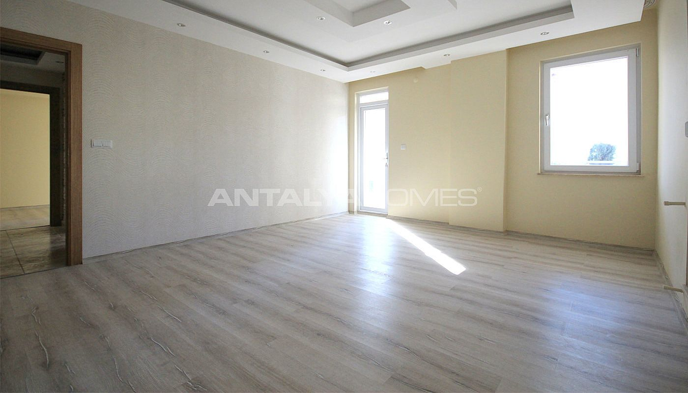 Cheap antalya apartments for sale with large balcony for Cheap apartments