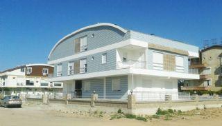 Neue Wohnungen in der Nähe des Meeres in Güzeloba, Lara, Antalya / Lara
