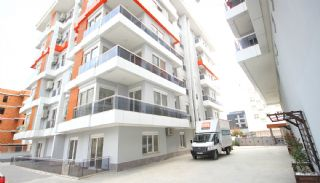 Antalya Apartments with Separate Kitchen, Antalya / Center - video