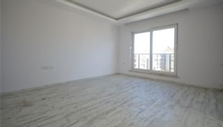 Ready to Move Antalya Property with Mountain View, Interior Photos-3
