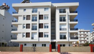 2+1 Apartments with Blinds in the Center of Antalya, Antalya / Center