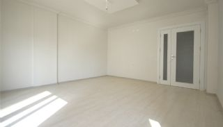 2+1 Apartments with Blinds in the Center of Antalya, Interior Photos-3