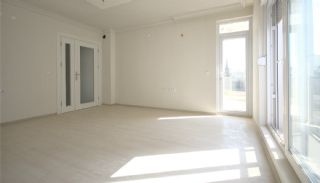 2+1 Apartments with Blinds in the Center of Antalya, Interior Photos-4