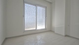 2+1 Apartments with Blinds in the Center of Antalya, Interior Photos-12
