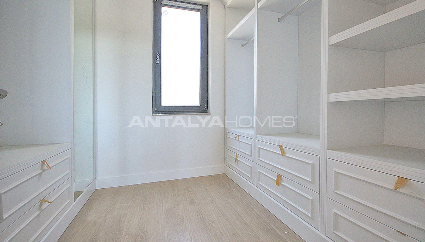 Luxe vrijstaande huizen in antalya voor investeringen - Kleedkamer suite badkamer kleedkamer ...
