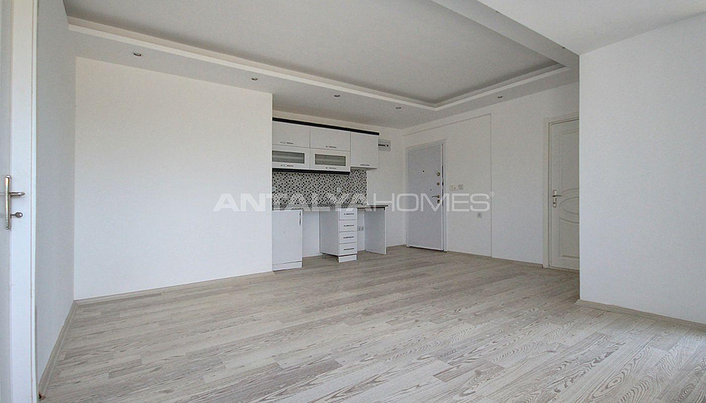 appartements avec des stores vendre antalya. Black Bedroom Furniture Sets. Home Design Ideas